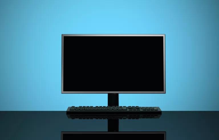 سیاه ماندن صفحه کامپیوتر
